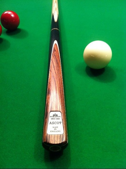 Peradon Ascot Three Quarter Jointed Snooker Cue
